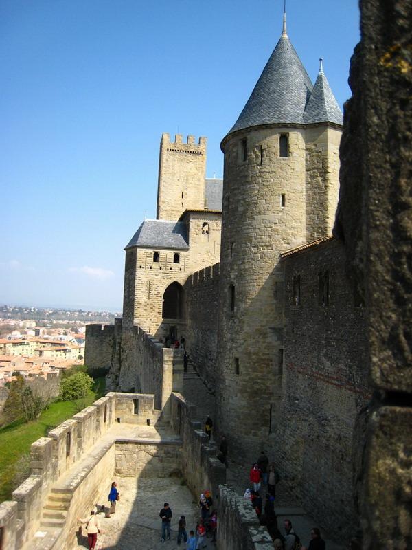 08-Carcassonne_remparts