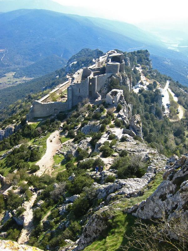 15-Carcassonne_Peyrepertuse